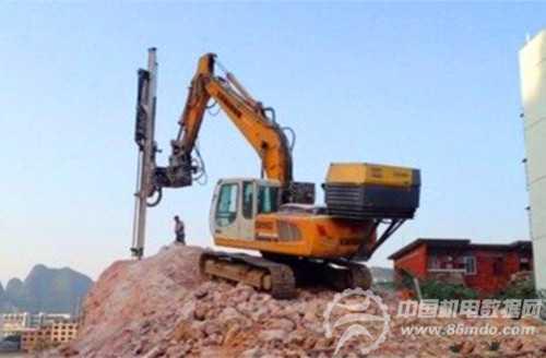 恒日重工推出国内最长单钻杆液压凿岩钻机